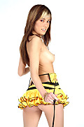 Mitsouko Giant bee istripper model